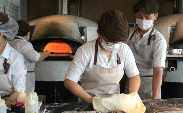 Повар пиццамейкер в Domino's Pizza
