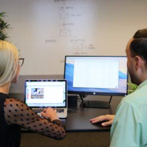 Найти работу через кадровое агентство